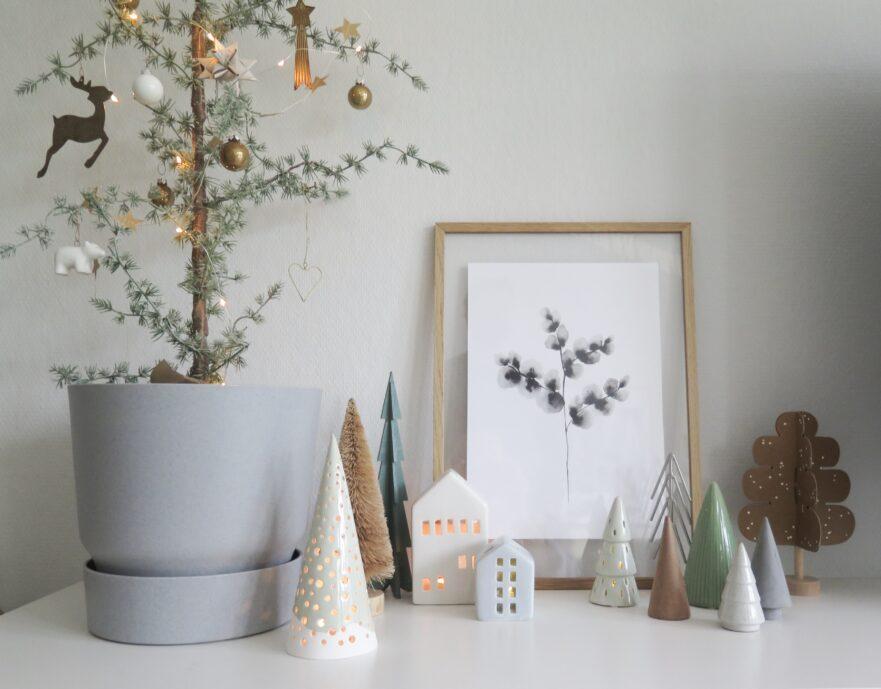 Kleine boompjes als kerstdecoratie